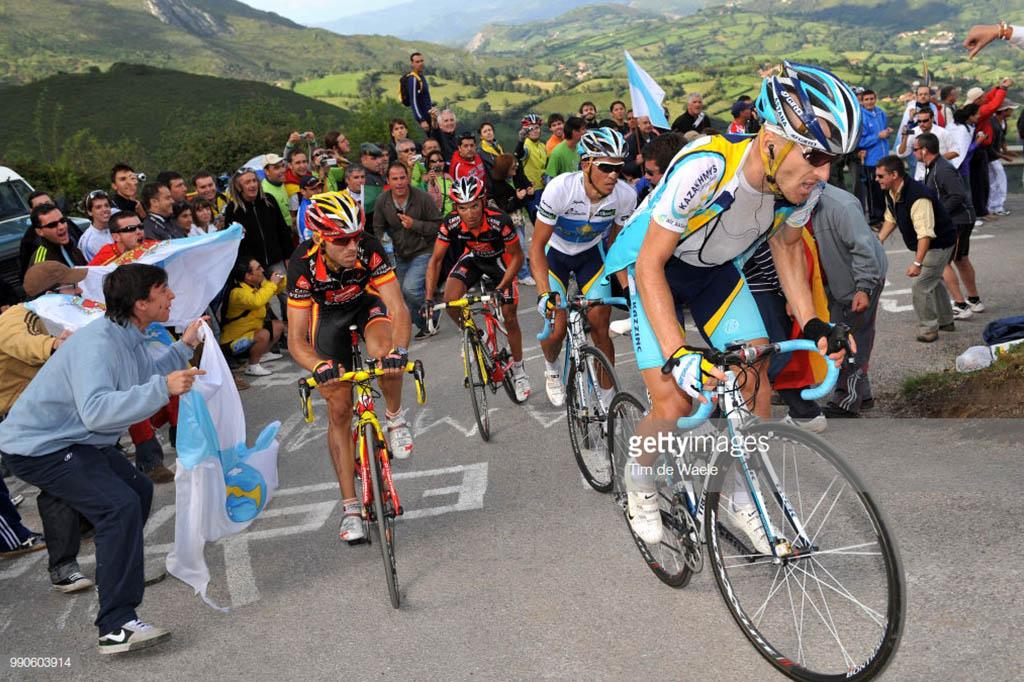 Purito Valverde Leipheimer y Contador en Angliru