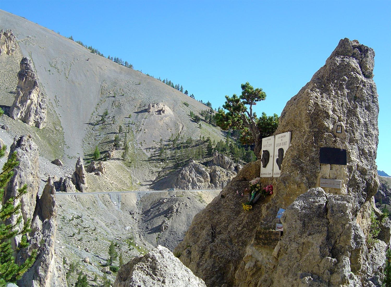 Izoard Monumento Coppi Bobet Casse Deserte