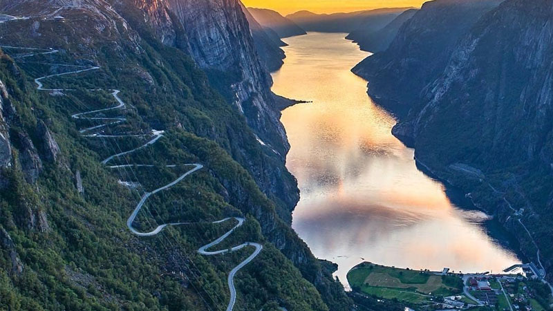 Lysefjordsveien Lysebotn Noruega