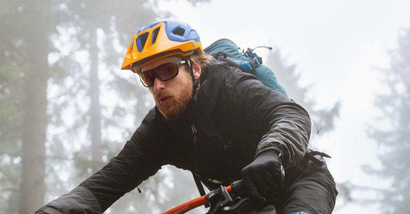 casco uvex mountain bike